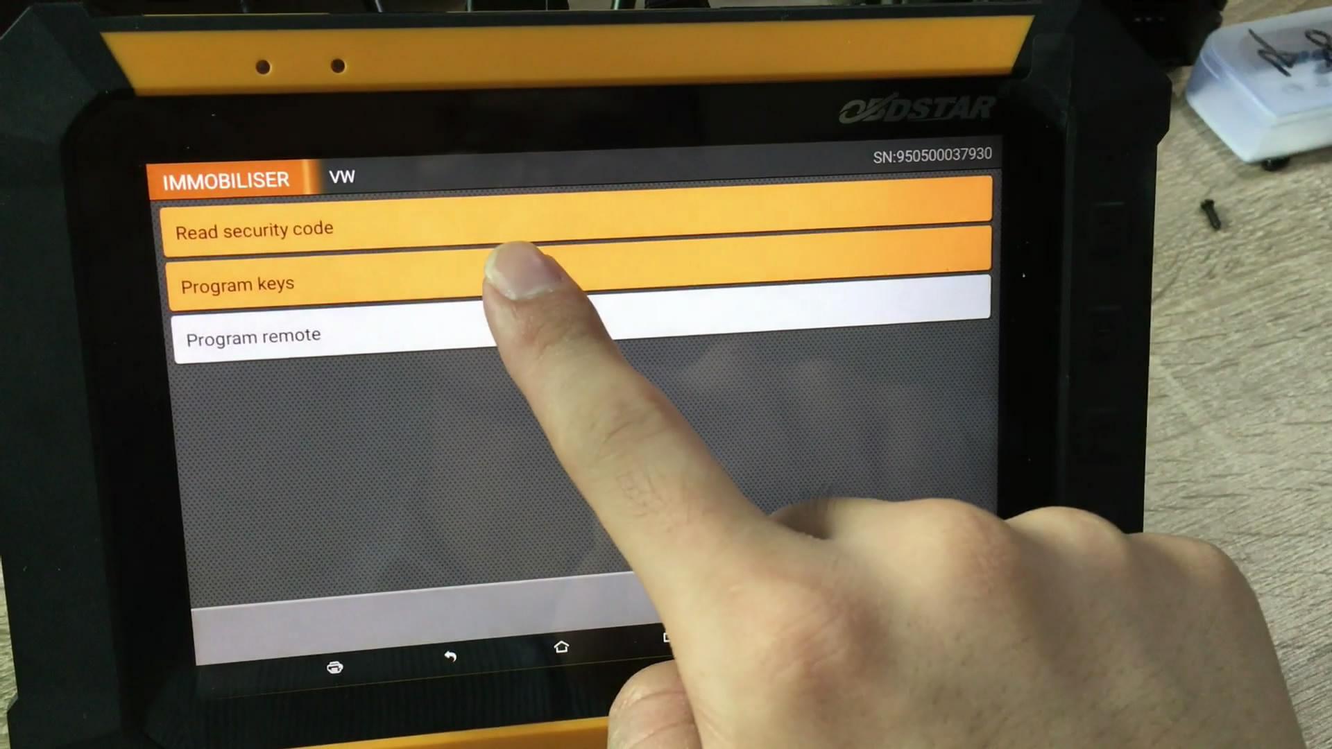 obdstar-rfid-adapter-to-program-key-on-4th-vw-07