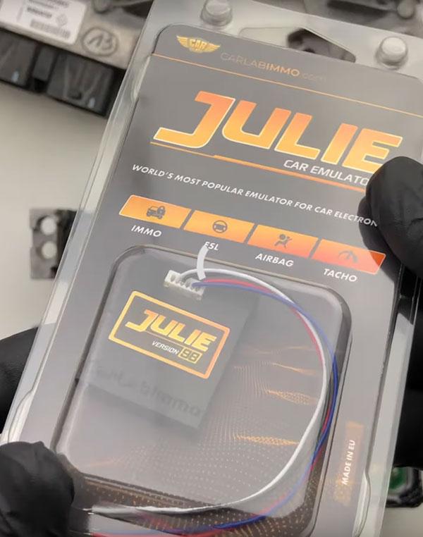 v96-julie-car-emulator-usage-9