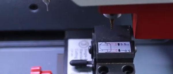 sec-e9-calibrate-single-sided-key-clamp-10