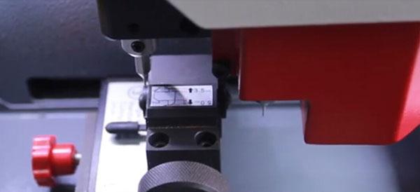 sec-e9-calibrate-single-sided-key-clamp-9