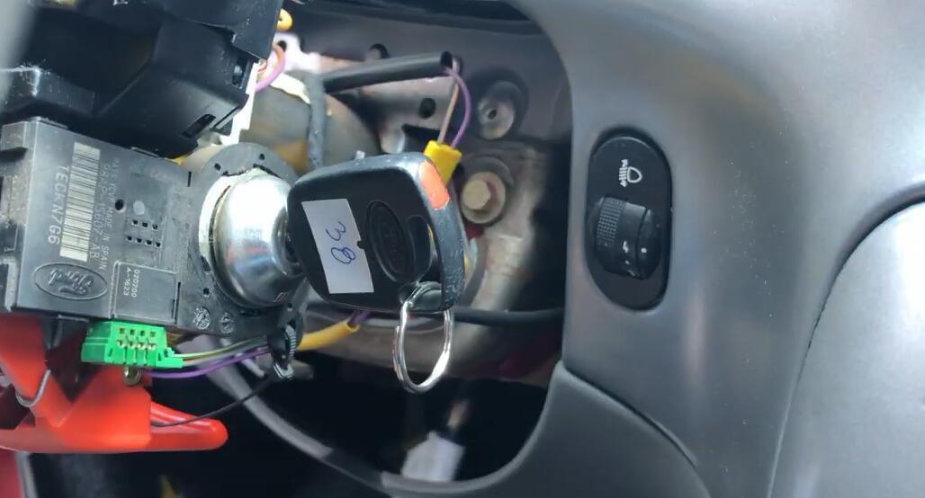 v96-julie-emulator-do-immo-off-in-ford-3