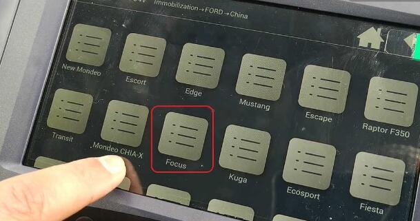 lonsdor-k518ise-key-programmer-2005-ford-focus-10