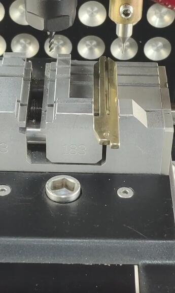 2m2-magic-tank-cut-nsn14-11
