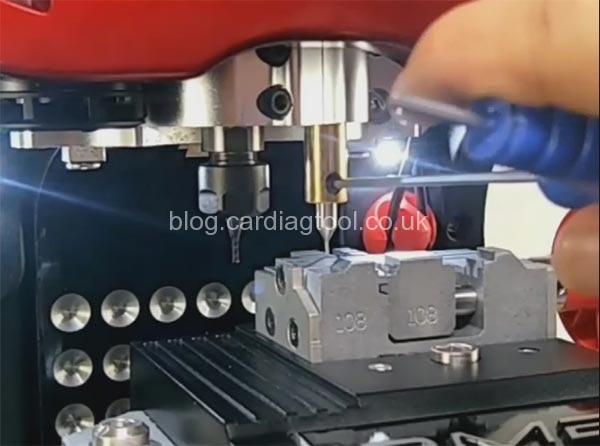 2m2-magic-tank-install-cutter-probe-7