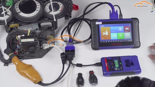 how-to-use-autel-im508-xp400-pro-key-programmer-to-add-new-mercedes-benz-key-1