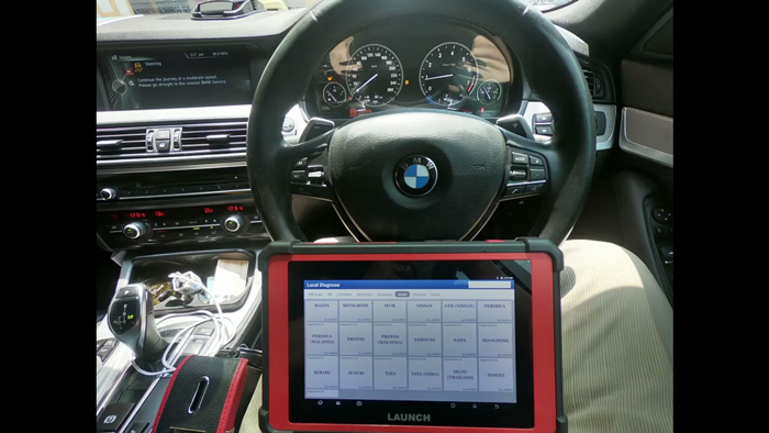 launch-x431-padv-steering-angle-calibration-test-on-bmw-528i-f10-1